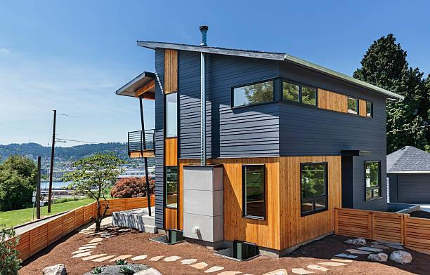 Maison contemporaine en pierre et en bois